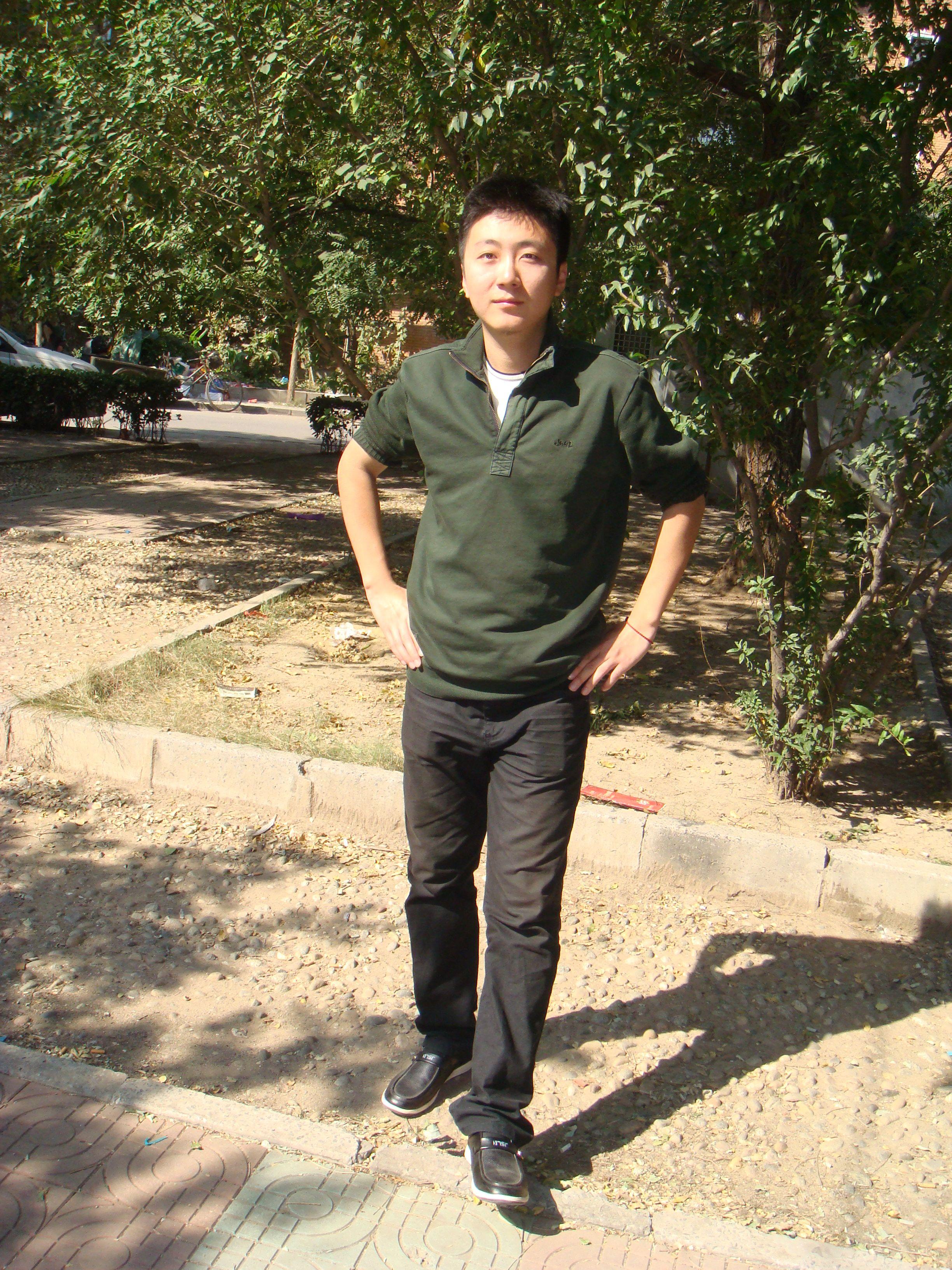 朱沈林(男,24岁)_港台三级明星_yyy17.com