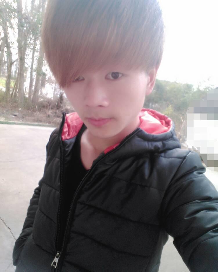 帅哥17岁照片图片