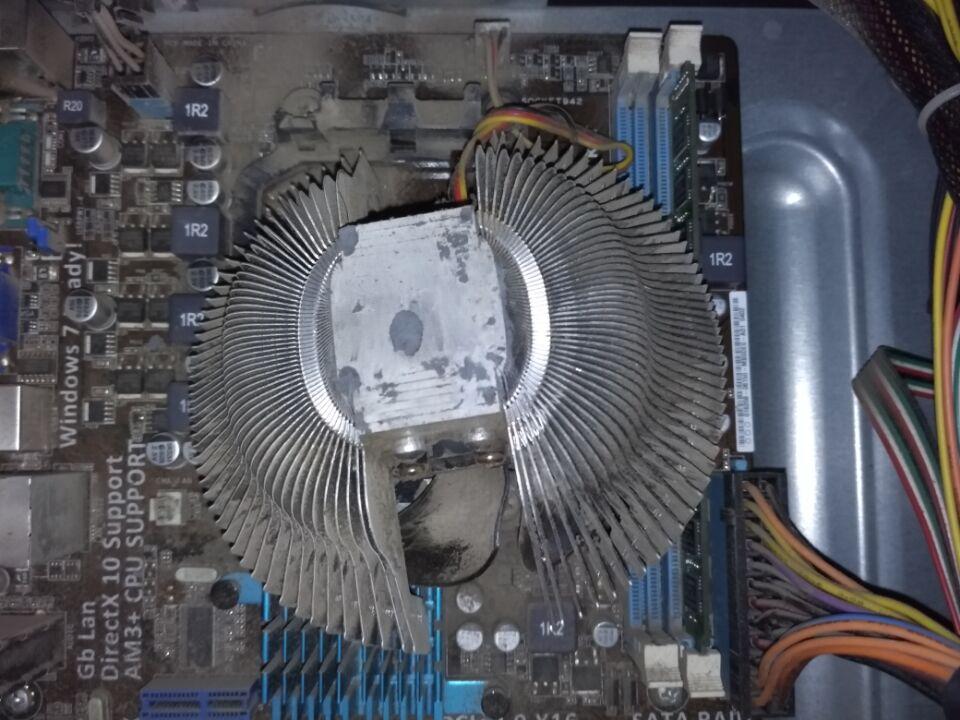 cpu风扇安装_cpu风扇上的杆被弄断了,我买什么可以把它安装好,对这个东西不熟悉,求