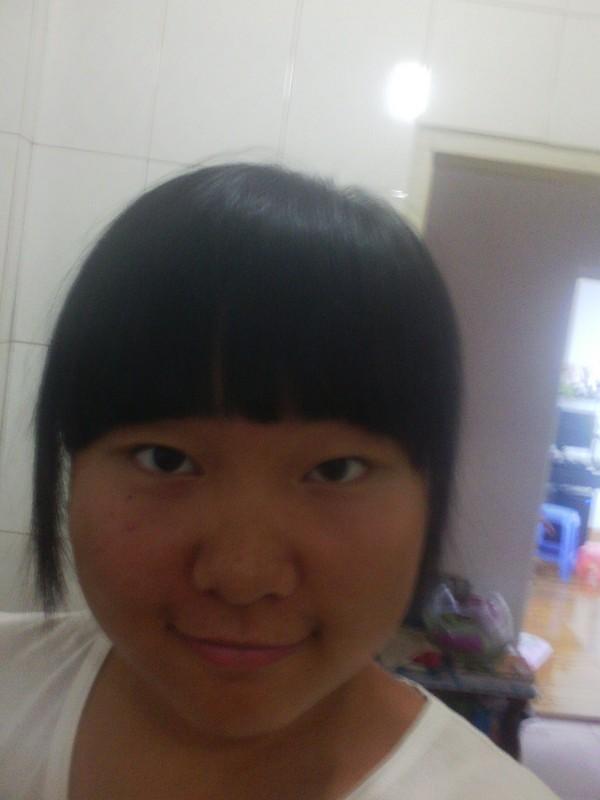 二月二快到了,想换个发型想请问一下本人适合烫什莫样的卷发?图片