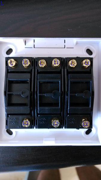 一个灯一开五控三控开关接线图图片