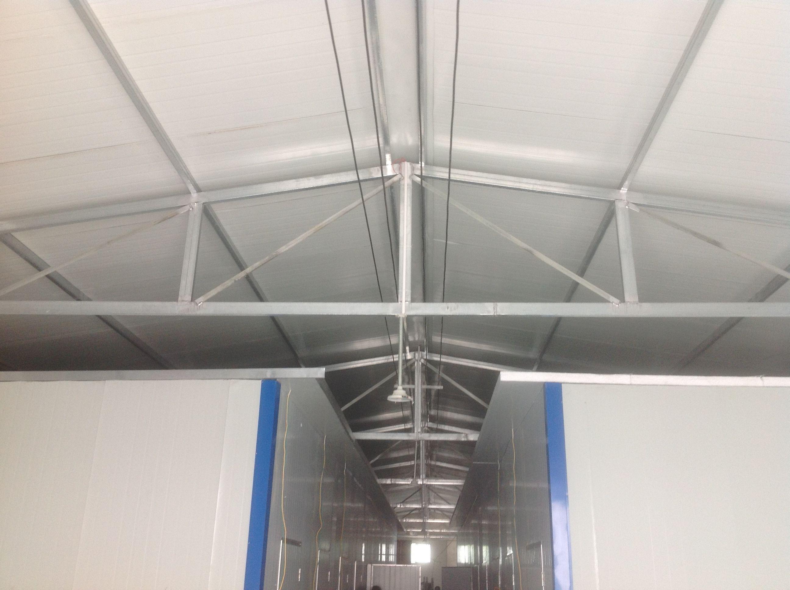 大家好   我建的11米跨度的彩钢瓦厂房,大梁是4乘8的方管   厚度是图片
