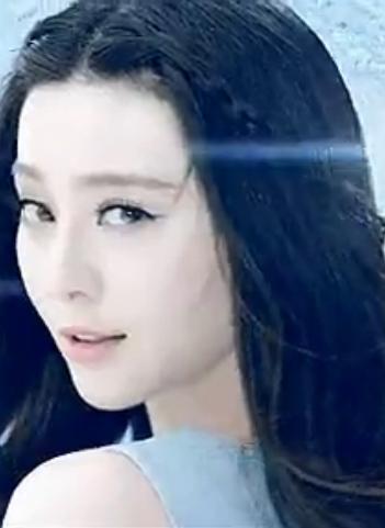 高中生女生中长发,无刘海的发型