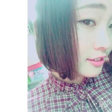 你有日本女生的照片吗16岁的可以吗2张同一个人的图片
