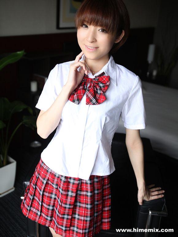 姓名:椎名ひかる( shiina hikaru)   生日: 1991.12.6