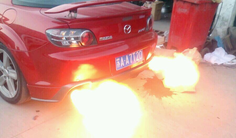 排气喷火比 跑车 还牛   k3改装双管四出喷火排气管   k3改高清图片