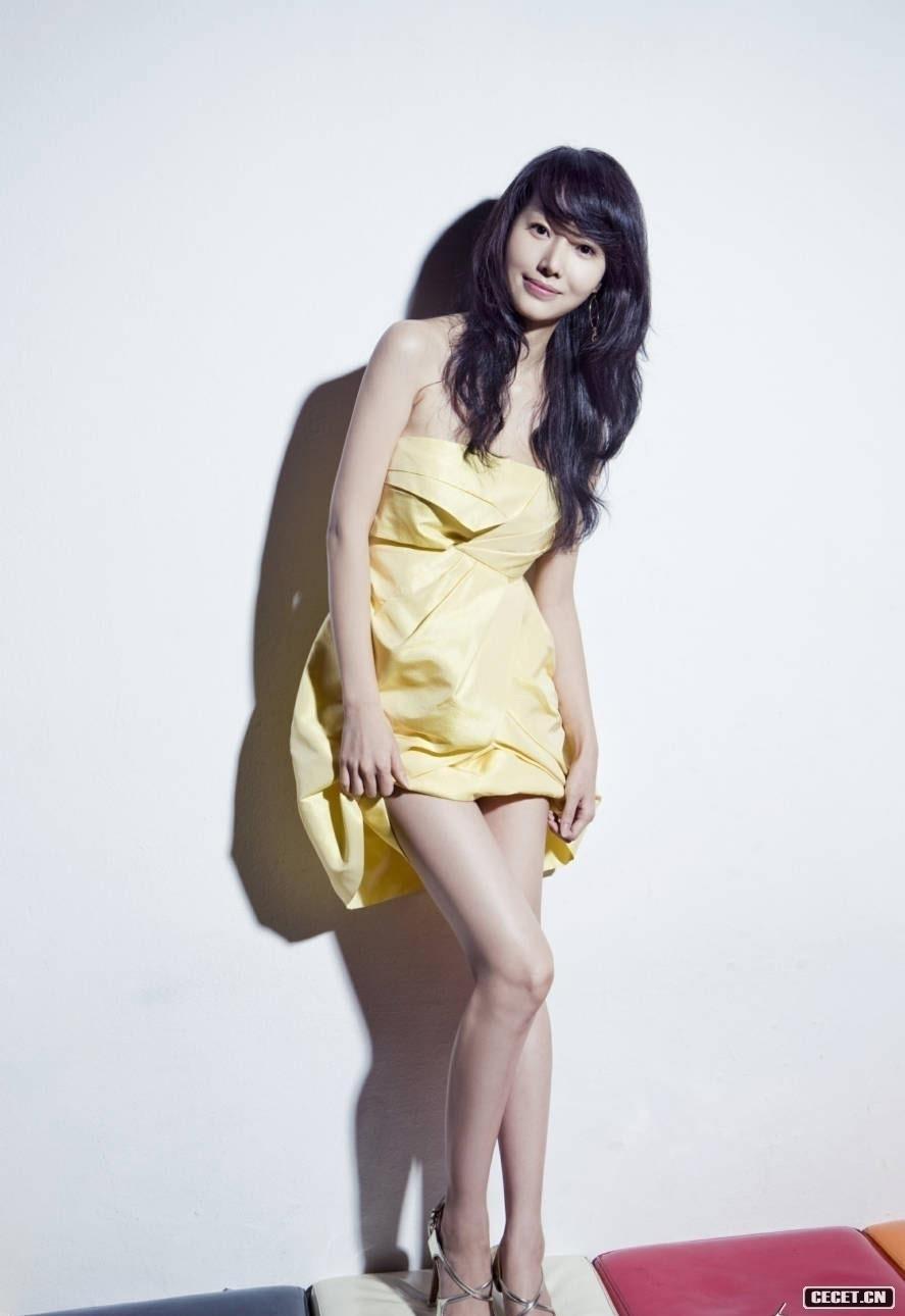 谁知道这个韩国美女叫什么名字
