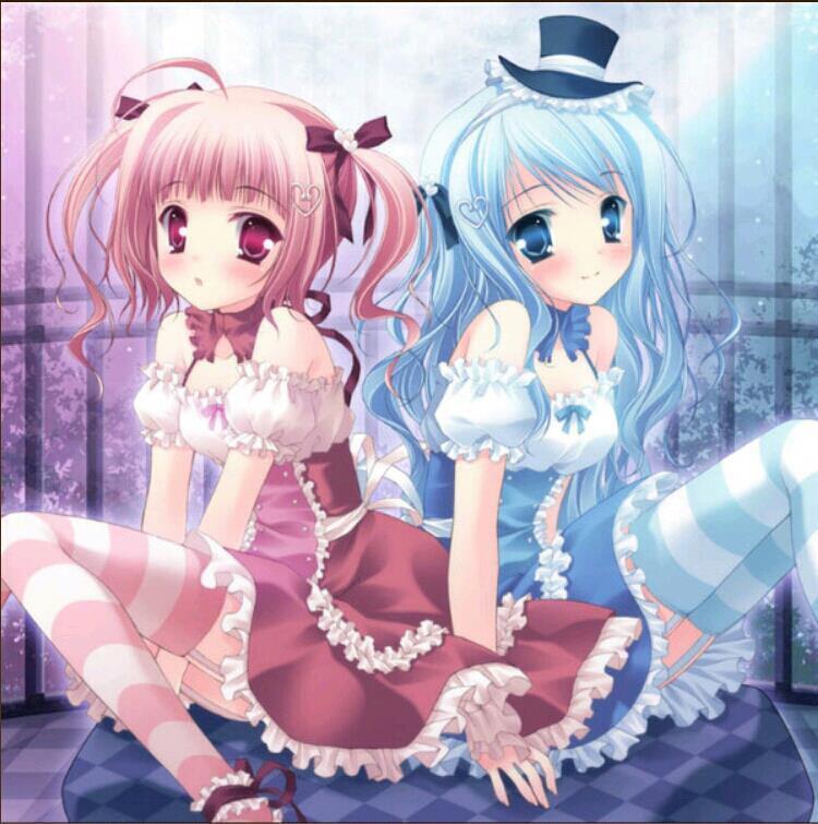 这个蓝色头发的日本动漫女生是谁?