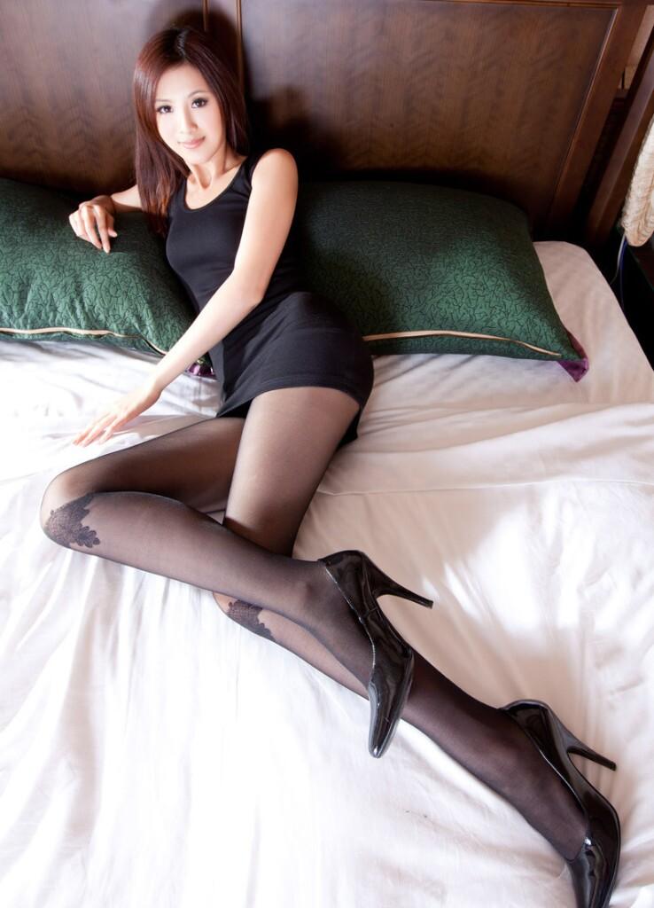 标签:插插美女家教老师   个性网-空间素材-美女之家3\   宽度:600px图片
