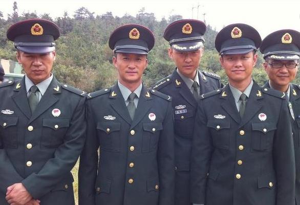 刘猛_《我是特种兵2》是刘猛执导,吴京,赵荀,徐佳等主演的特种兵题材电视