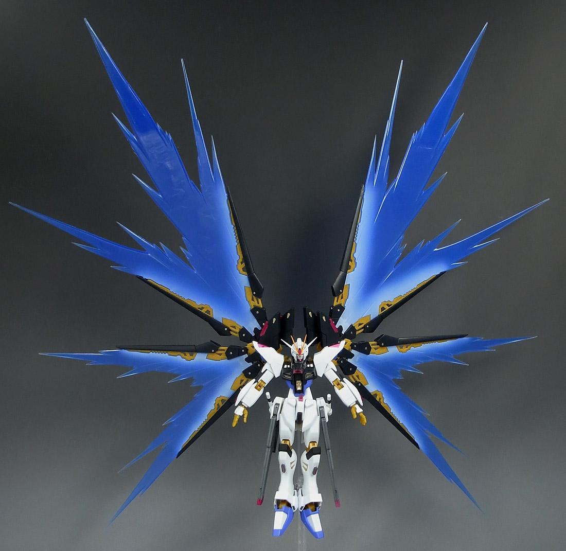 强袭自由高达豪华版 强袭自由光翼 强袭自由高达壁纸图片