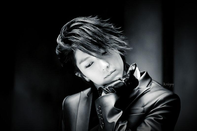 最帅的照片_成都22岁最帅交警去世生前帅气阳光