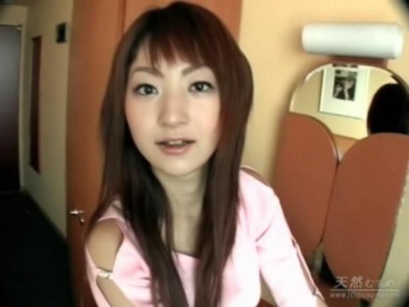 日本女无遮挡_这个日本女明星是谁啊?谢谢大家?