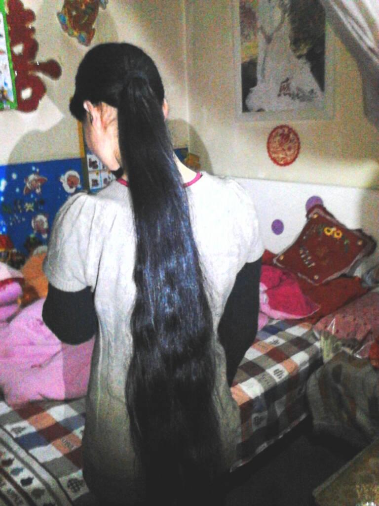 人的头发一个月能长多长分享展示图片
