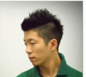 2012-08-19 15:07 fly杨小蕊|三级 狼奔 评论| 其他类似问题 发型的