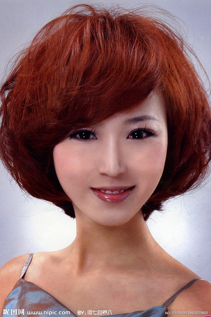 头大脸骨架大的女生剪什么发型好看 14 2011-02-10 头小的女生剪什么图片