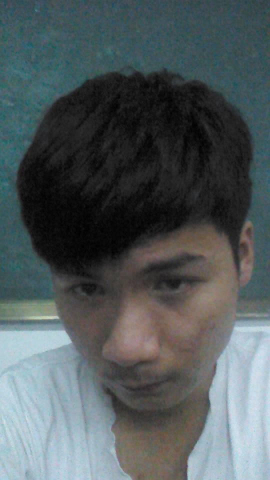 中学男生求个发型(不烫不染)图片