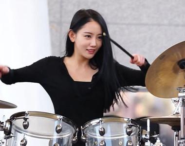 21:00 那片_嫣红|十八级 韩国bebop乐队美女鼓手a-yeon(雅妍) http