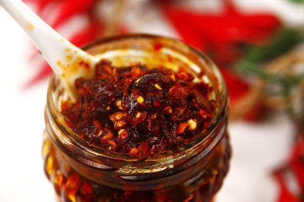 你还在吃老干妈吗?这才是辣椒油的正确做法,30年来配方送给你图片