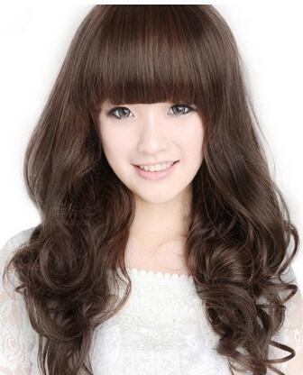 大脸女生留齐刘海长头发好看吗图片