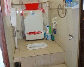 暨南大学南校区学生宿舍卫生间是不是座厕图片