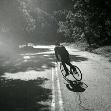 情侣头像骑车背影图片