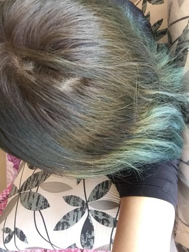 求助!前两天我去染闷青绿,做的蜡染,结果成绿色图片