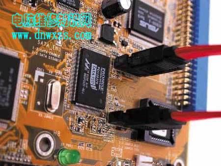 台式机装硬盘图片