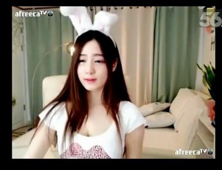 这个韩国女主播叫什么名字