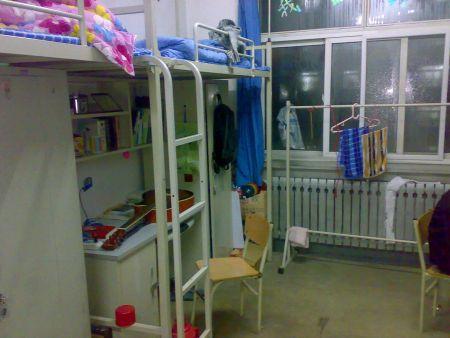 沈阳理工大学宿舍照片 13 2010-10-08 沈阳理工大学的专科汽车应用图片