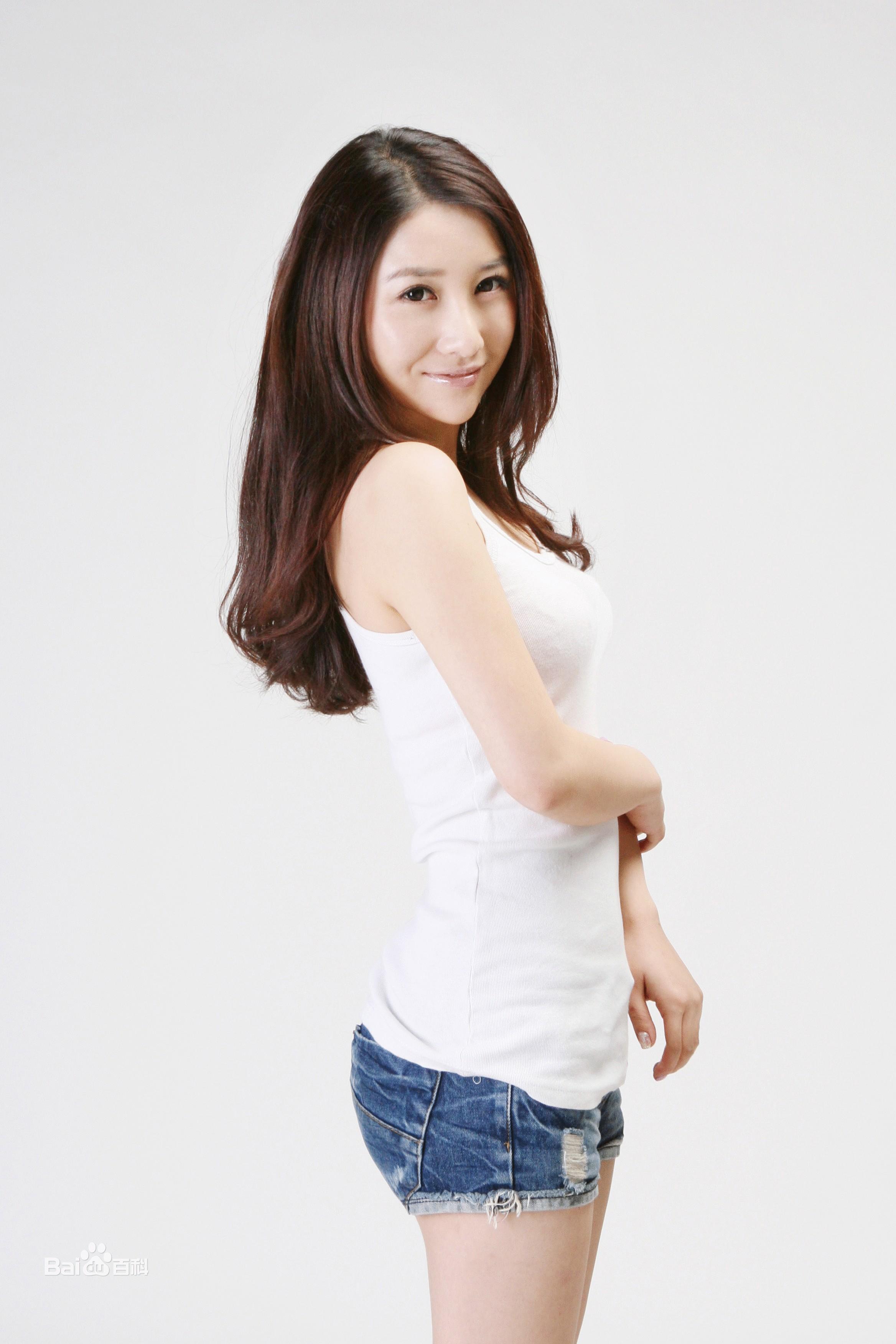 古筝,新生代女演员,是中国首个近景爆笑短播出剧《爱图片
