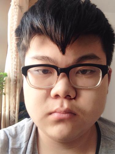 我这种胖子这种脸型适合什么发型?图片