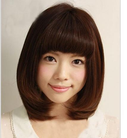 编额前头发 头发前面编辫子 前额两侧头发少发型