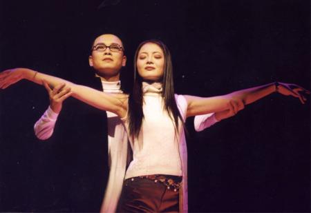 越剧王子赵志刚的夫人是谁,唱什么流派的