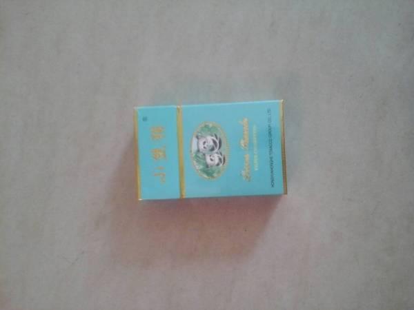这种小熊猫香烟多少钱一包高清图片