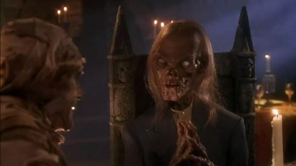 里面都是吸血鬼美女