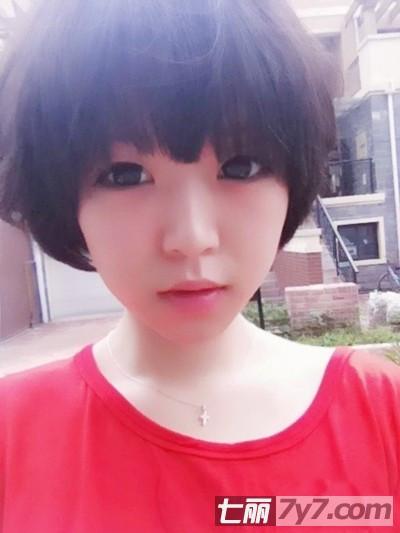中学生女孩短发发型图片及名称.图片