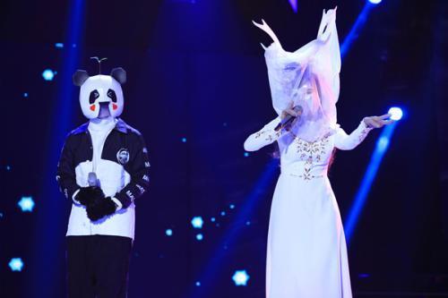 如去年林宥嘉的《成全》便是当季蒙面最耀眼的一幕表演,无论是林宥嘉图片