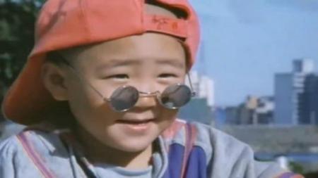 1994年与释小龙合作主演了朱延平导演之《新乌龙院》,扮演了一个光头图片