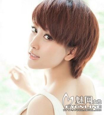 日系短发烫发发型 2014年女图片